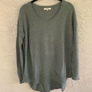 Madewell Sweater Gray with Hi-Low Hem size SMALL
